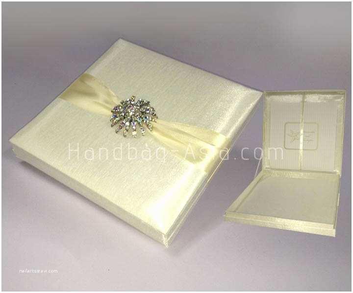 Box Wedding Invitations Luxury Ivory Silk Wedding Invitation Box with Brooch
