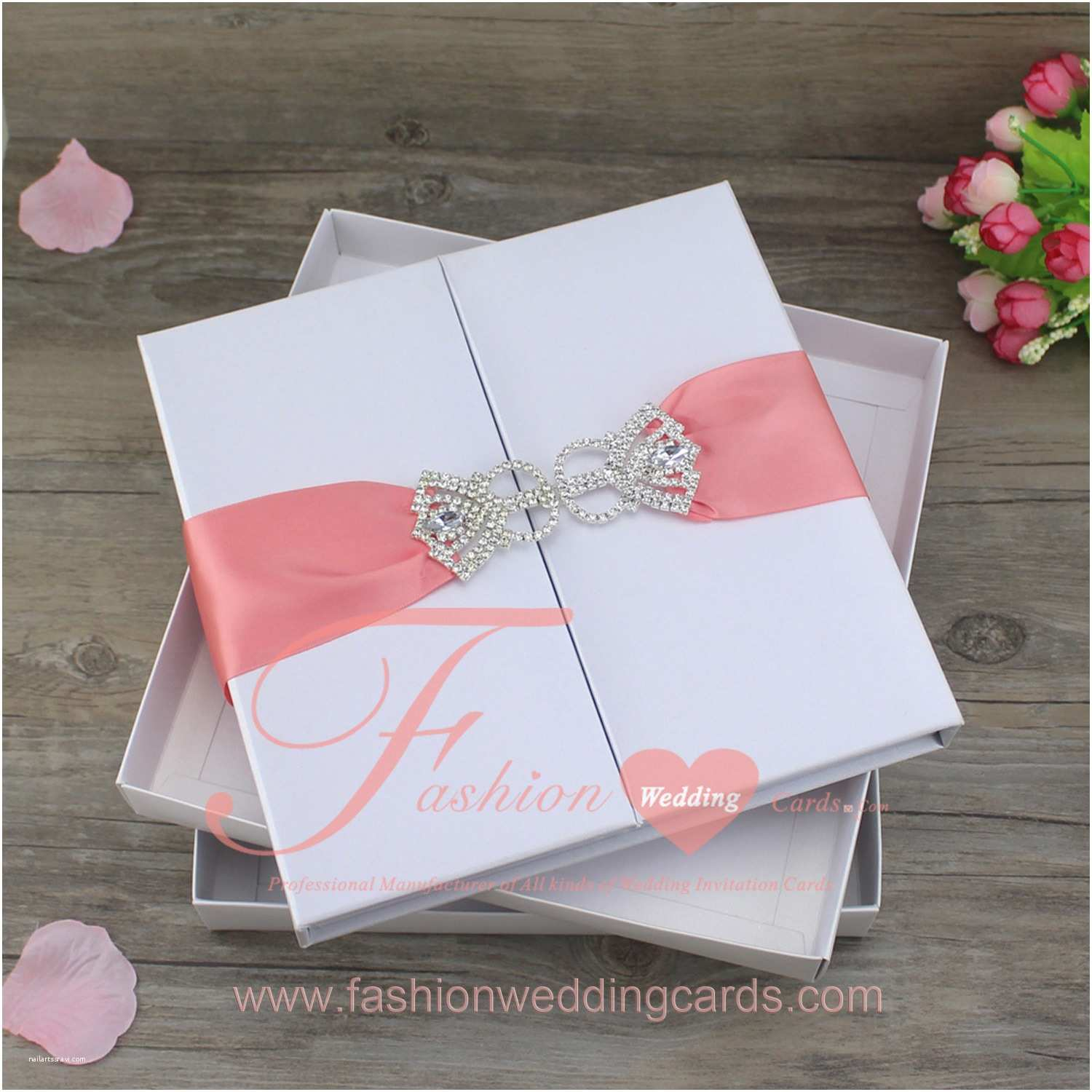 Bulk Wedding Invitations Silk Boxes for Invitations wholesale