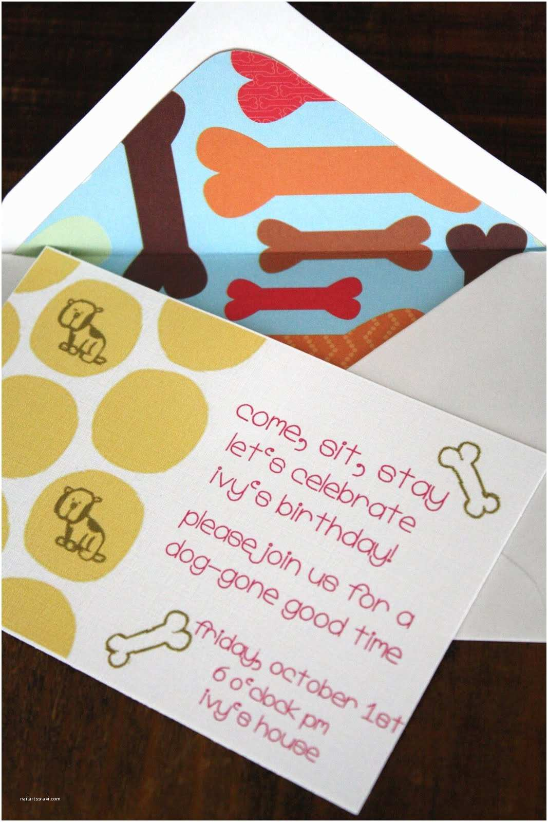 Dog Birthday  Invitations  Accessories An Adorable Puppy Dog Birthday