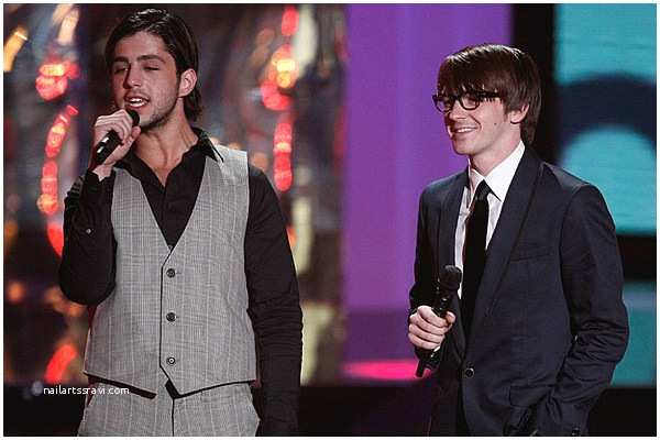 Drake Not Invited to Josh Wedding Nick Goes Nuclear Drake Bell Cries Foul after Josh Peck