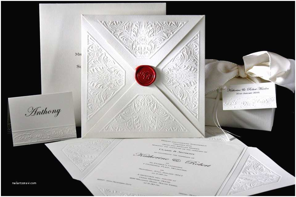 the embossed leaf wedding invitation envelope