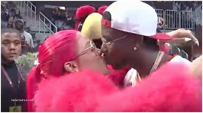 Gucci Mane Wedding Invitations Gucci Mane Shells Out $1k for Each Mirror Inspired Wedding