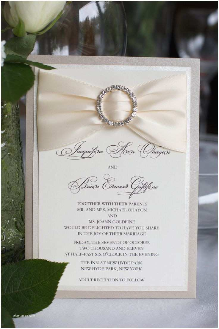 Jeweled Wedding Invitations Best 25 Bling Wedding Invitations Ideas On Pinterest