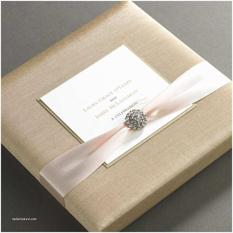 Luxury Wedding Invitations Silk Wedding Invitation Boxes – An Ultimate Luxury