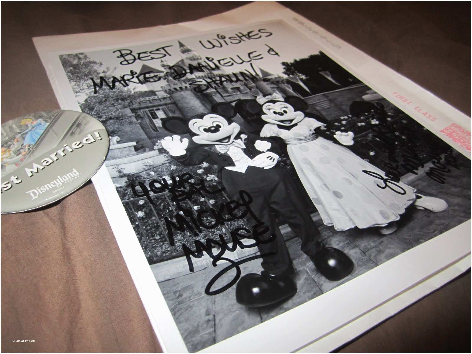 Mickey Mouse Wedding Invitations This is What Happens when You Invite Kate and Wills or