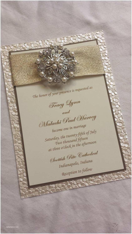 embossed wedding invitationpebble paper wedding invitation sample with ribbon pearl brooch