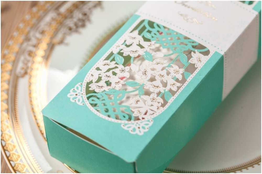 Wholesale Scroll Wedding Invitations Scroll Laser Wedding Greeting Invitation Card Factory